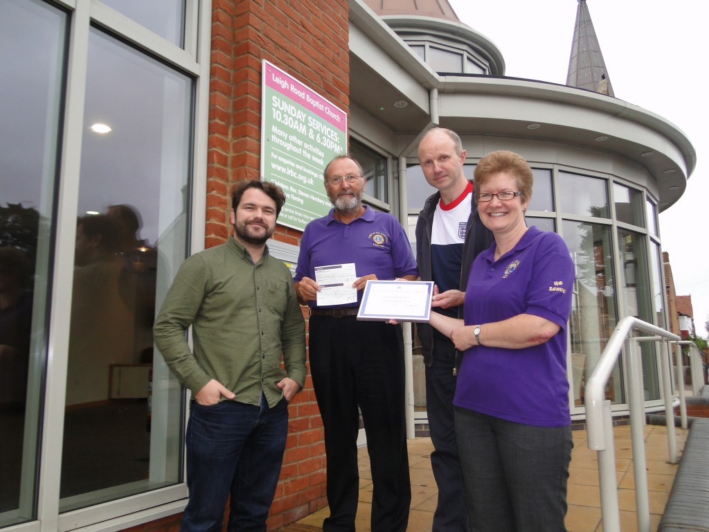 Leigh-on-Sea Lions make donation to work of the Church in Leigh-on-Sea